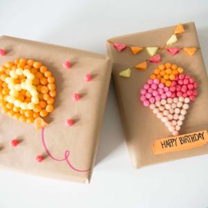 Geschenke mit PlayMais® kreativ verzieren